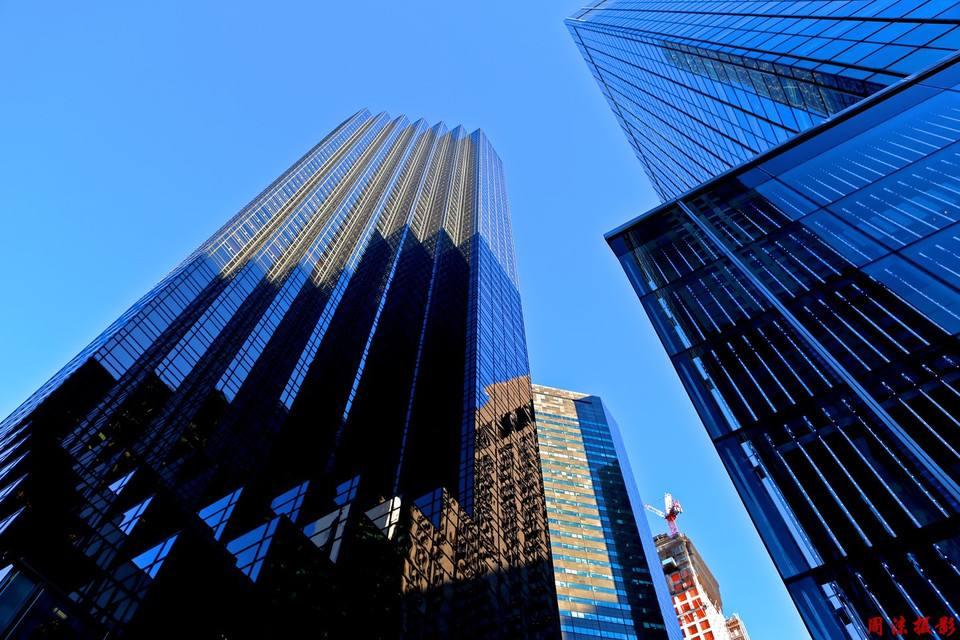 成都写字楼大单笔租赁交易面积为2.4万平米